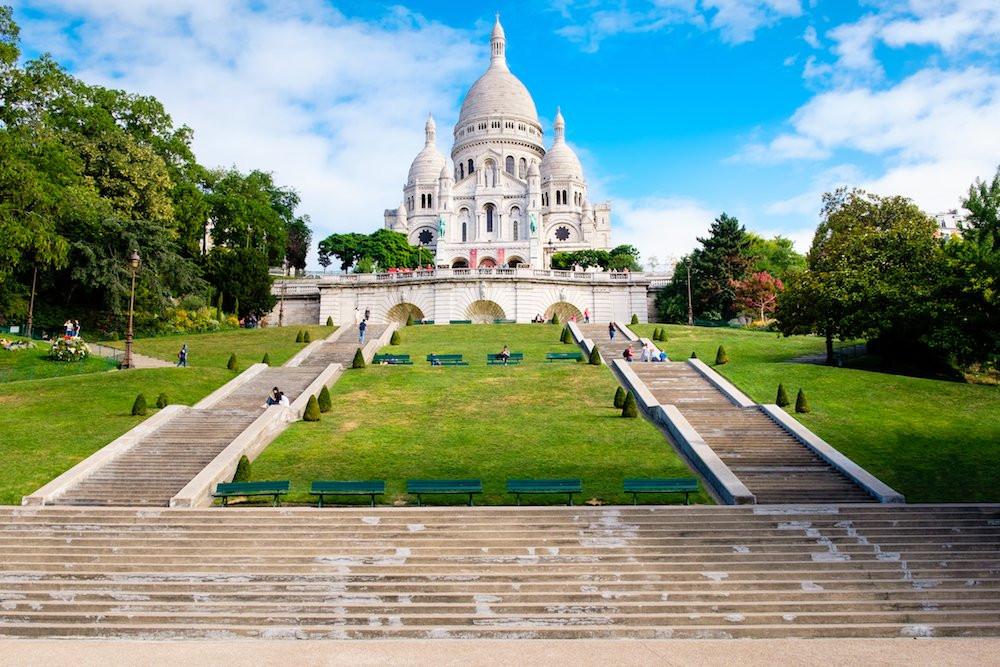STROLLING THROUGH MONTMARTRE.jpg